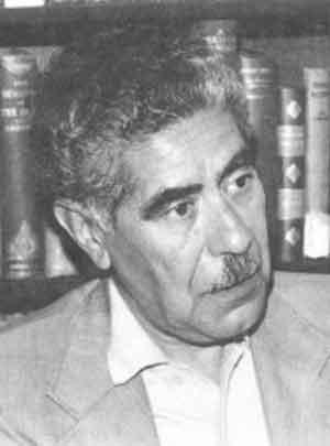Image : Saiidi Sirjani : essayiste Iranien, assassiné en prison pour avoir publié à l'étranger ses ouvrages interdit en Iran.